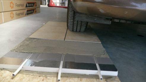 Floore asennuslevy autotesti